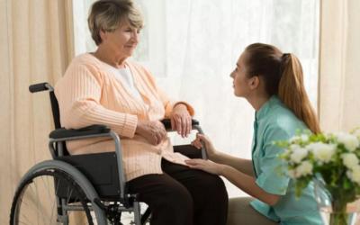 Come fare accettare la badante al tuo anziano?